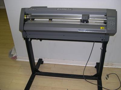 Vinyl Cutter Software >> Roland CX 300 Vinyl cutter for sale + Sign Software