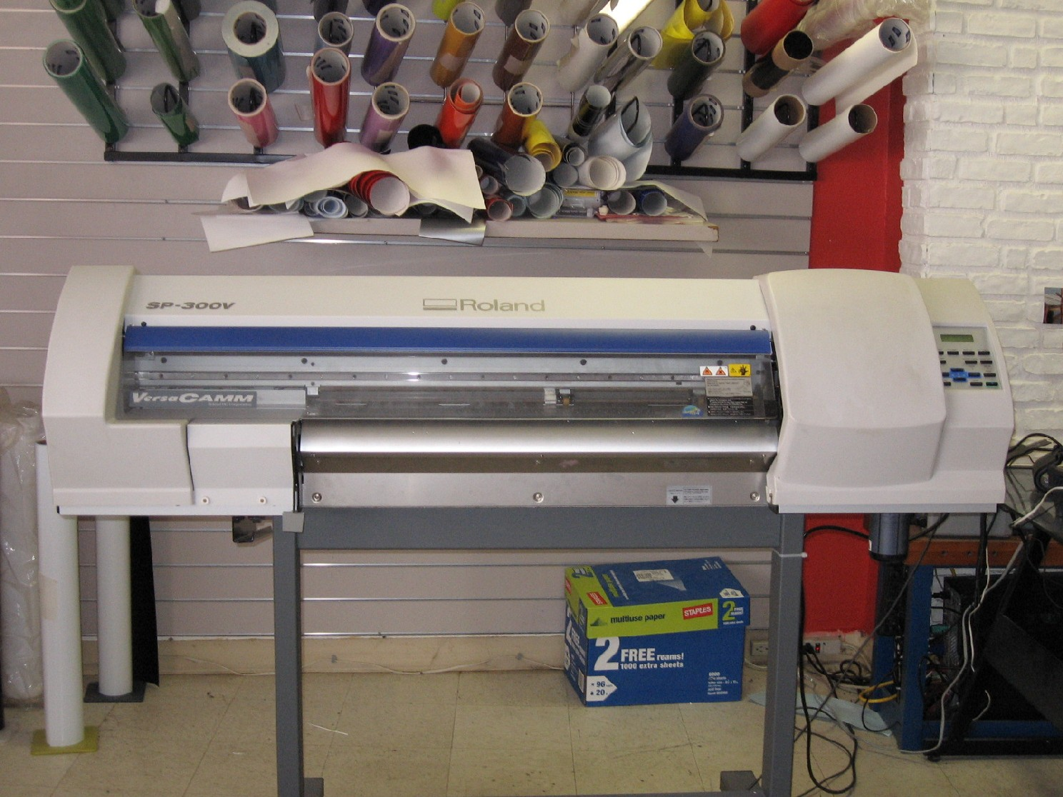 Roland Sp300v Wide Format Printer Cutter W Pc And Software
