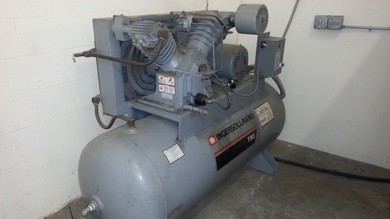 Ingersoll Rand 10hp Air Compressor And Speedaire Chiller
