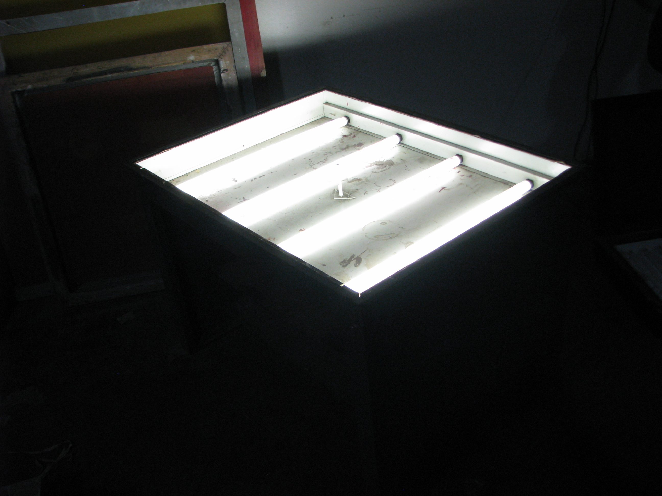 Light Table Make Offer