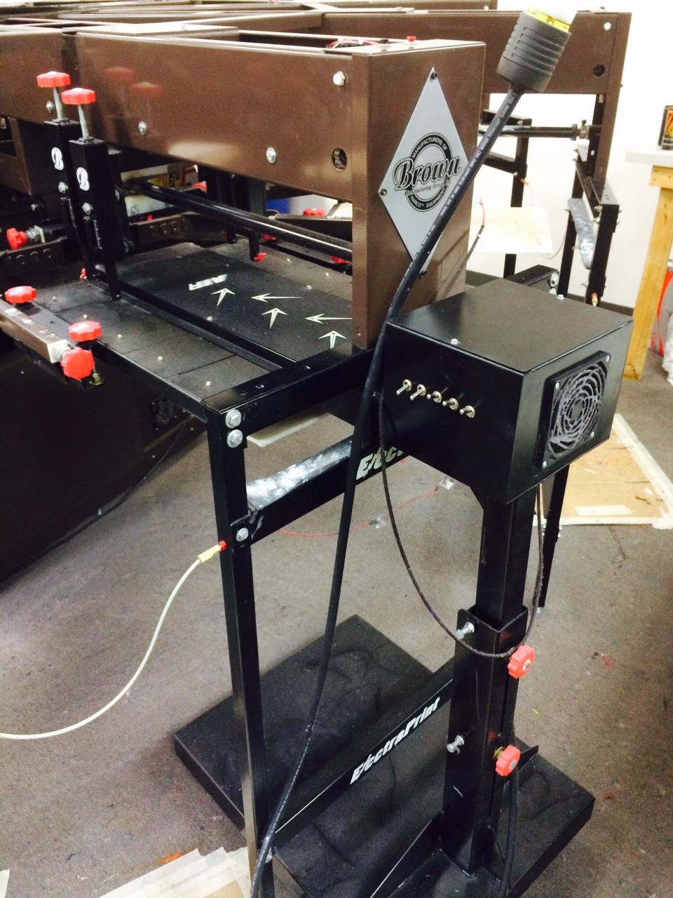 8 Color Brown Automated Press With 2 Quartz Flash Air Spot