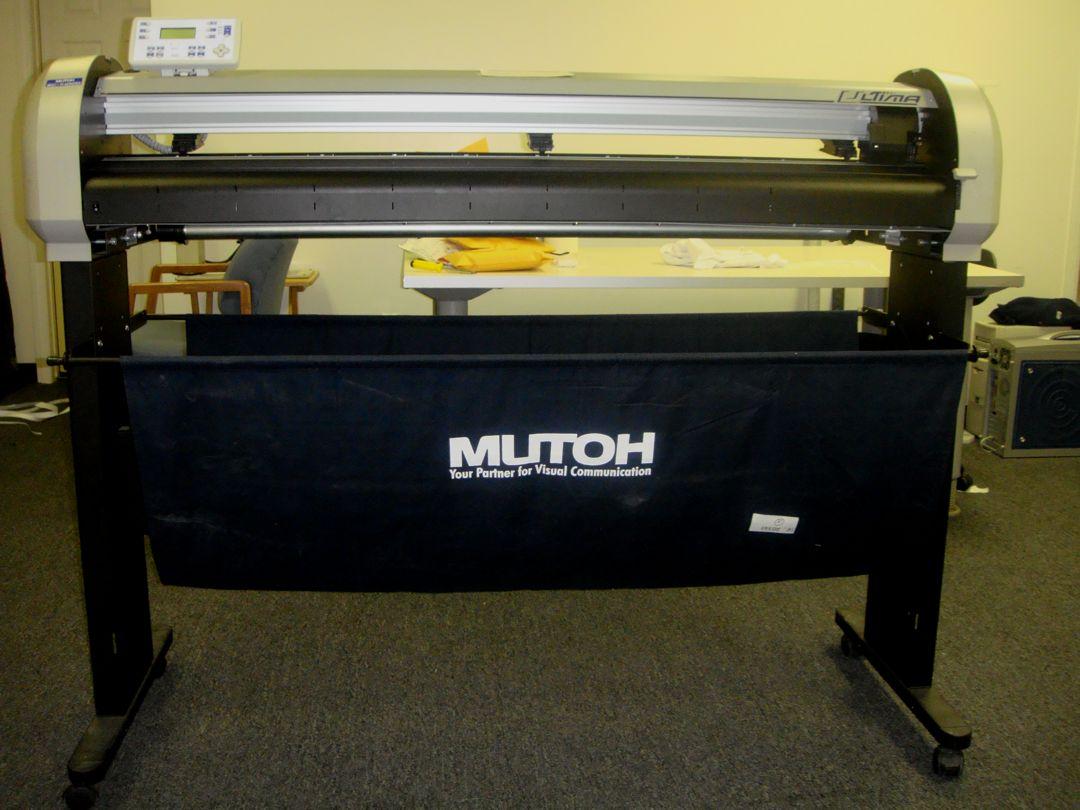 Mutoh Vinyl Cutter Vinyl Plotter 2000